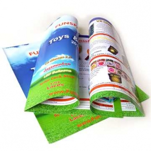 Glossy laminated staple binding custom print paper booklets